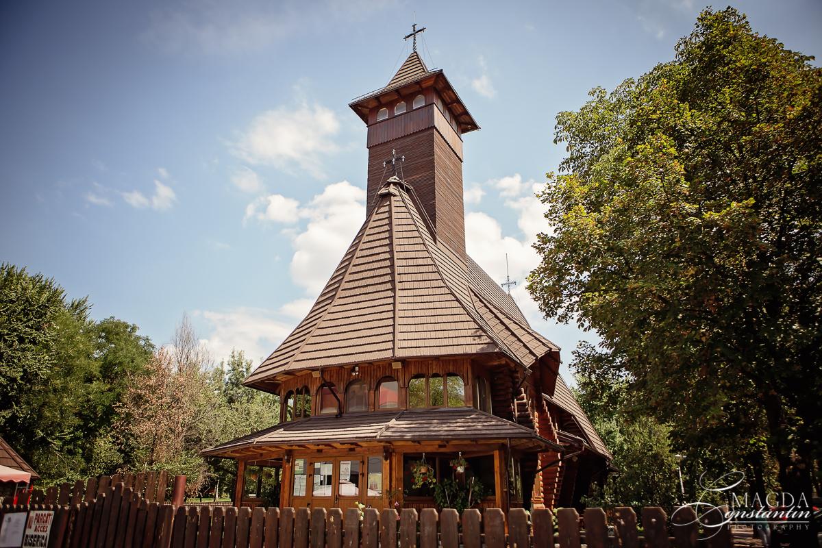 botez-eric-alexandru-biserica-web-1