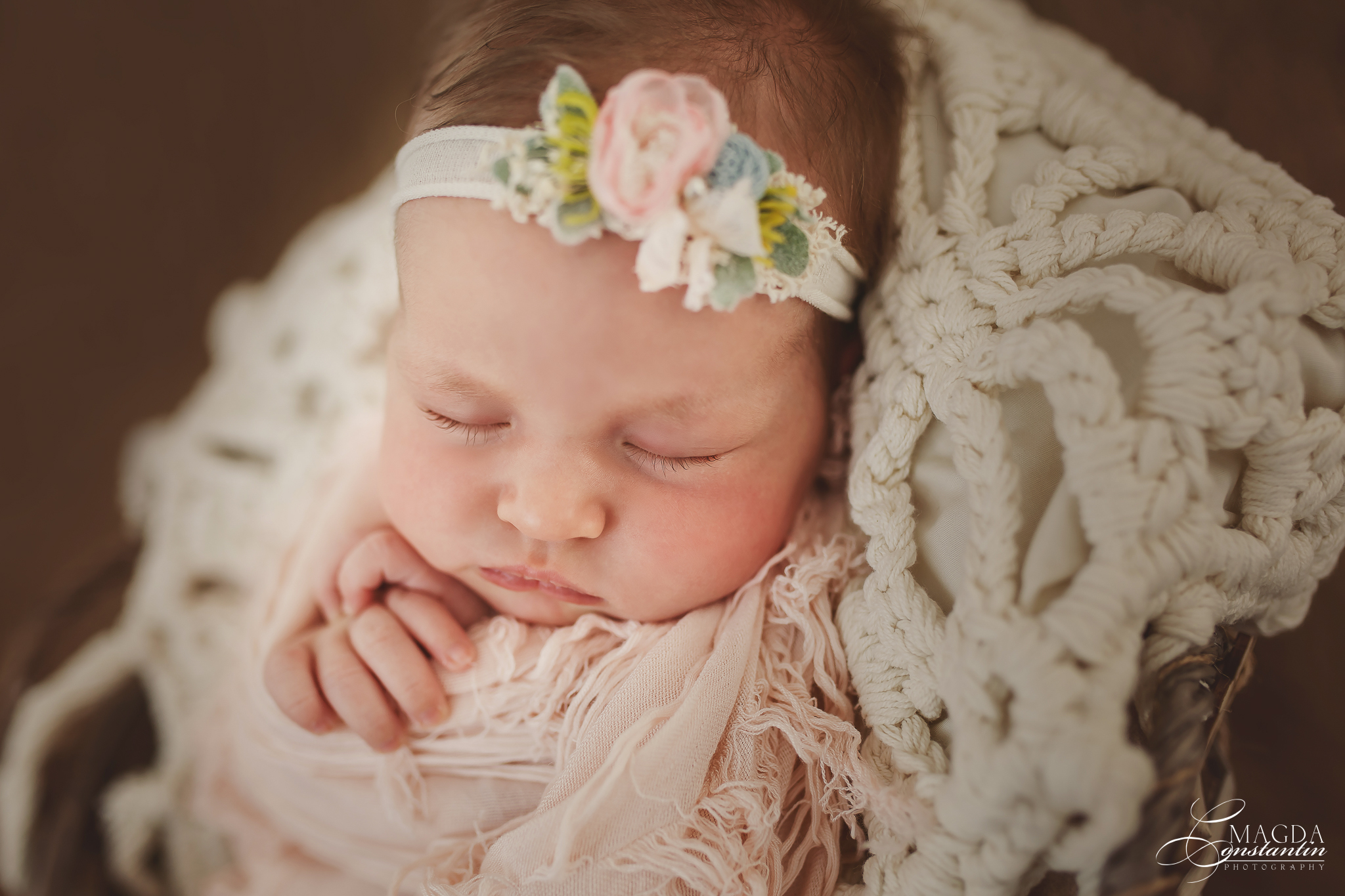 Anastasia – sesiune foto newborn