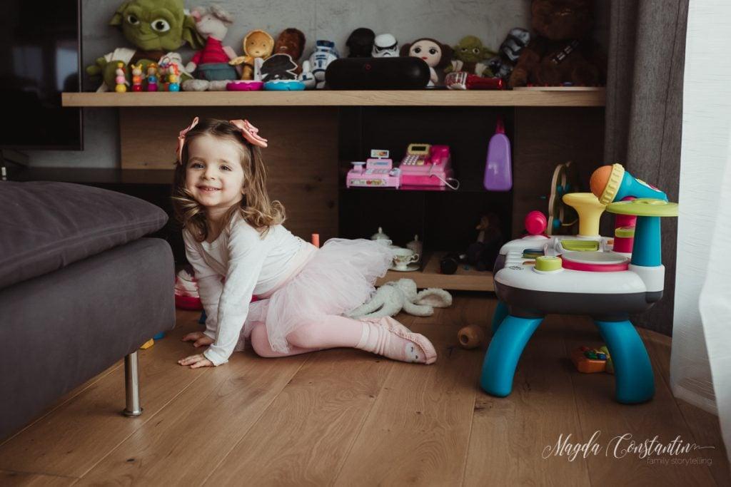 Sedinta foto de familie acasa la Leia - fotograf Magda Constantin