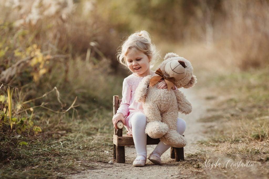 Sedinta foto de copii in natura cu Sofia - fotograf Magda Constantin