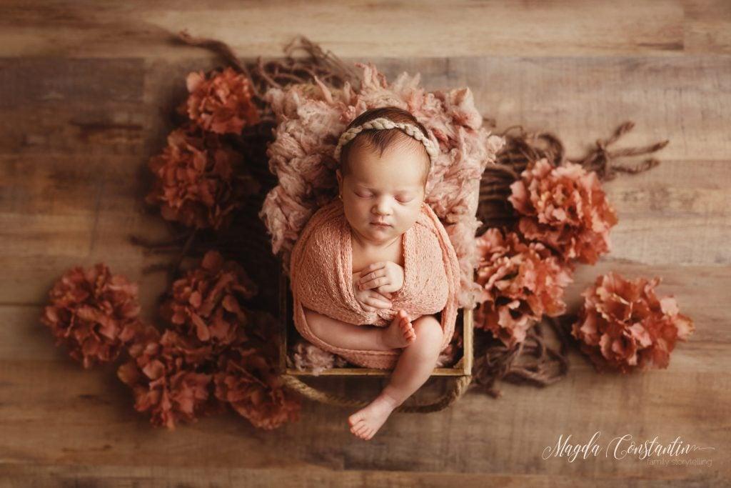 Sedinta foto de bebelus fetita